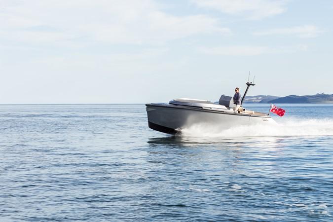 2015 CUSTOM Van Diemen luxury craft Tender 1644939