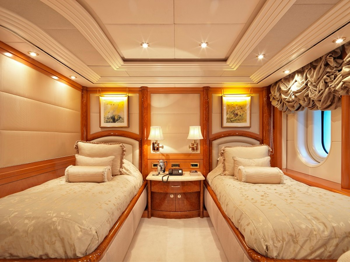 2003 LURSSEN  Motor Yacht 1933226