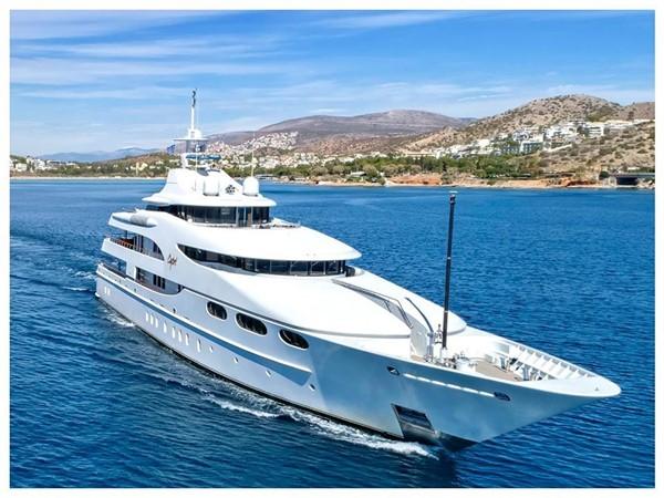2003 LURSSEN  Motor Yacht 2424540