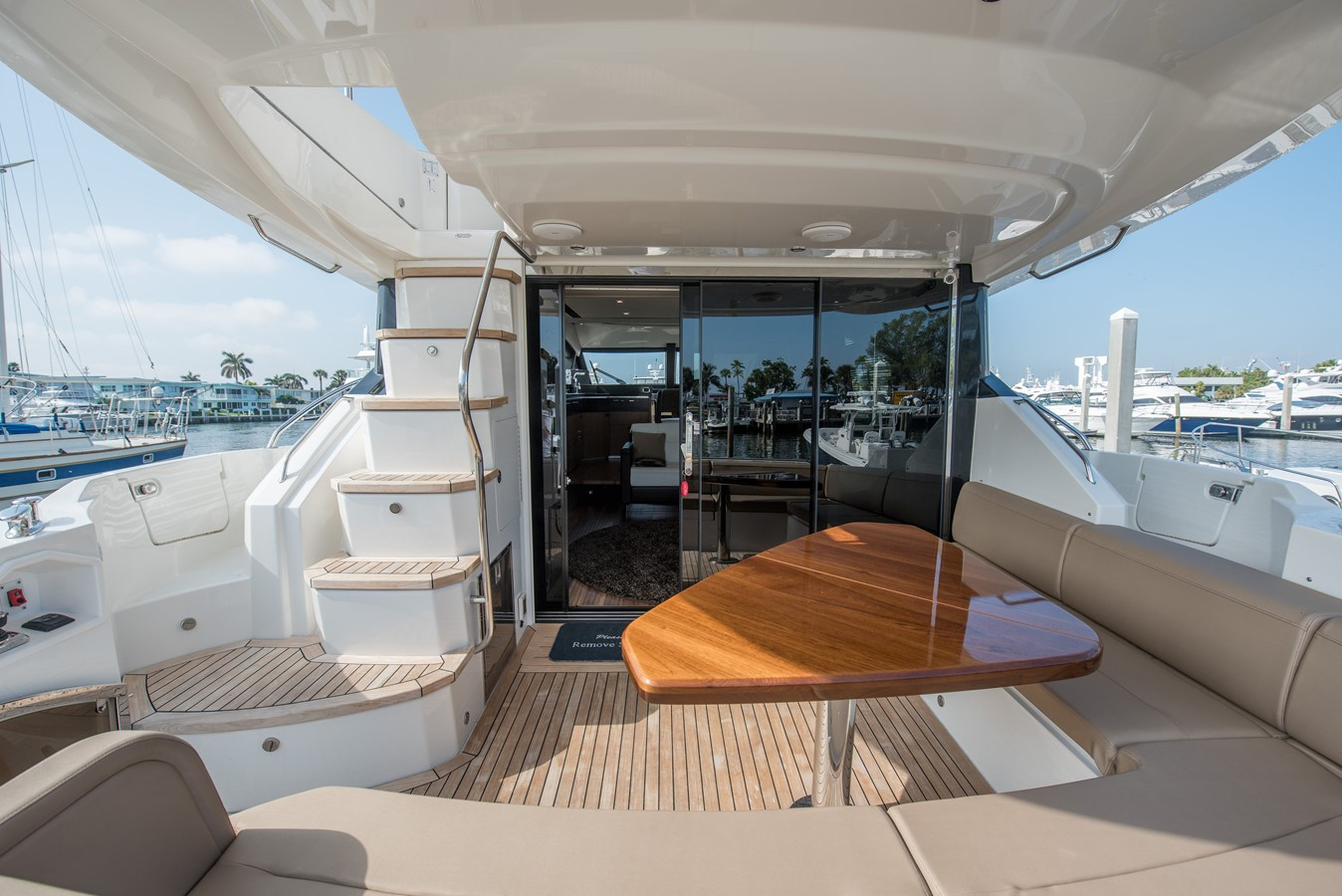 2016 SEA RAY Flybridge  1662557