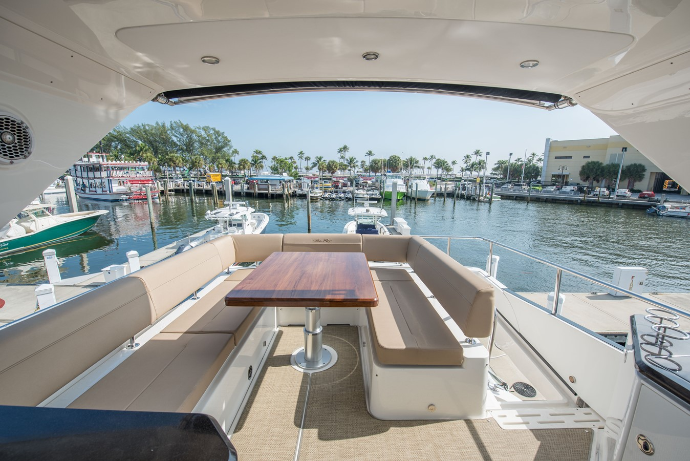 2016 SEA RAY Flybridge  1662560