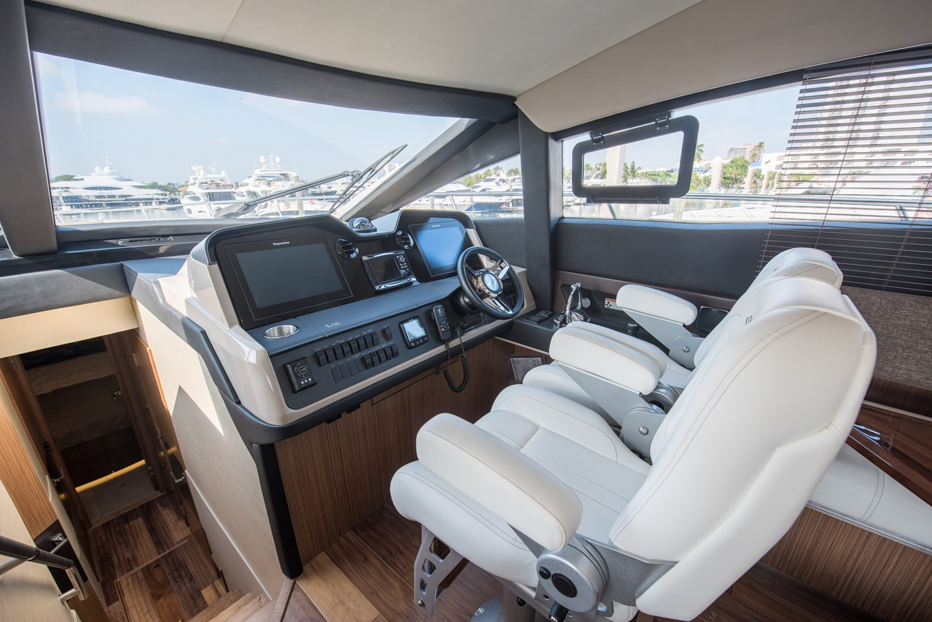 2016 SEA RAY Flybridge  1662623