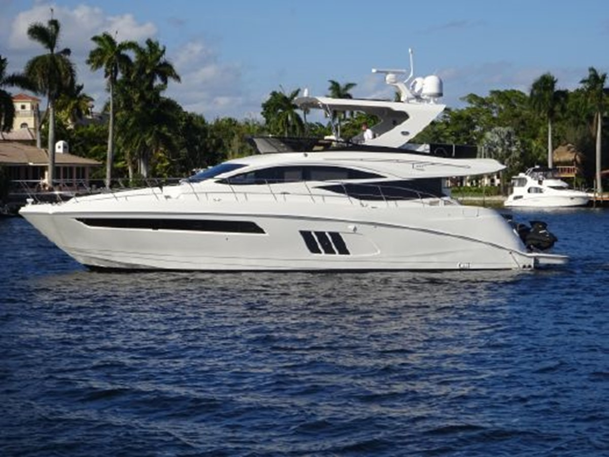 2016 SEA RAY Flybridge  2463955