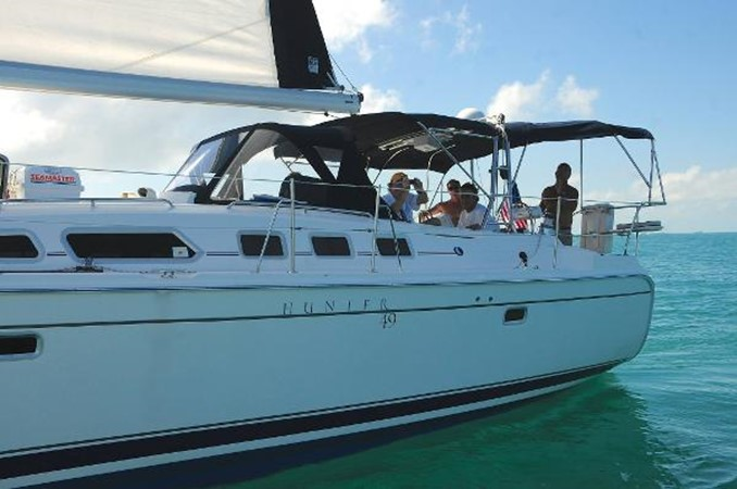 On the water with friends 2008 HUNTER 49 Cruising Sailboat 1657161