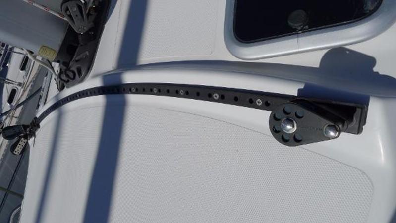 Self-tacking jib track 2008 HUNTER 49 Cruising Sailboat 1657179