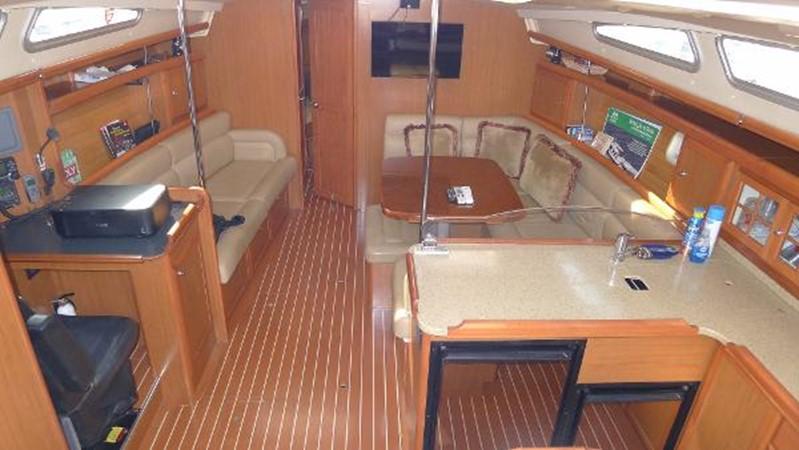 Main cabin forwards 2008 HUNTER 49 Cruising Sailboat 1657209