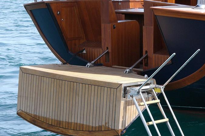 2005 Oliver Design  Motor Yacht 1657131