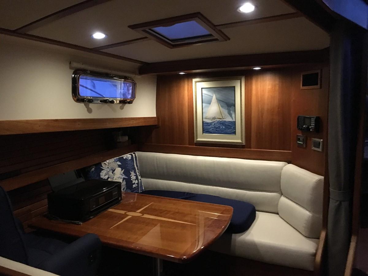 Guest SR Dinette Up 2010 SABRE YACHTS  Motor Yacht 1670275