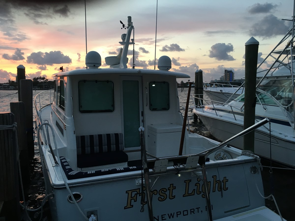 FIRST LIGHT at First Light 2010 SABRE YACHTS  Motor Yacht 1670293