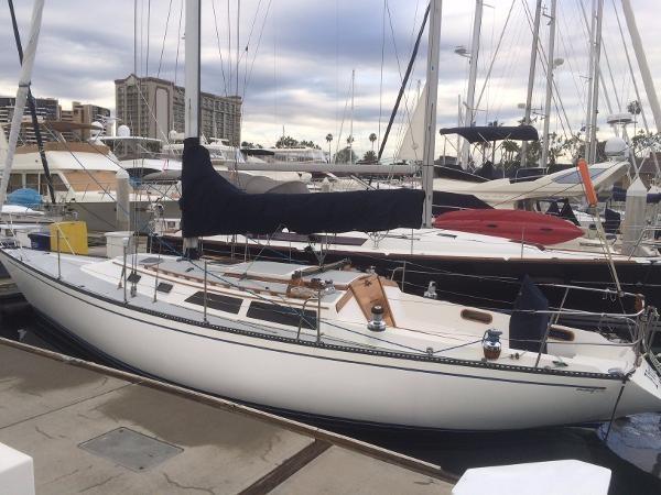 1989 CATALINA 38 Cruising/Racing Sailboat 1674505