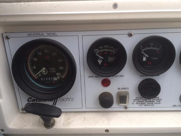 Engine Panel 1989 CATALINA 38 Cruising/Racing Sailboat 1674516