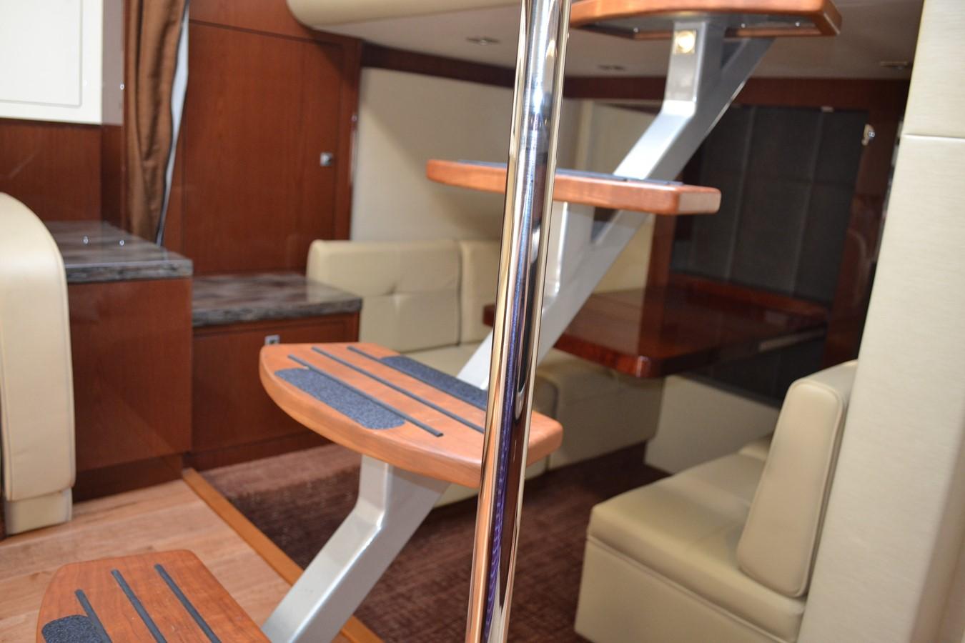 2015 SEA RAY 410 Sundancer Motor Yacht 1685747