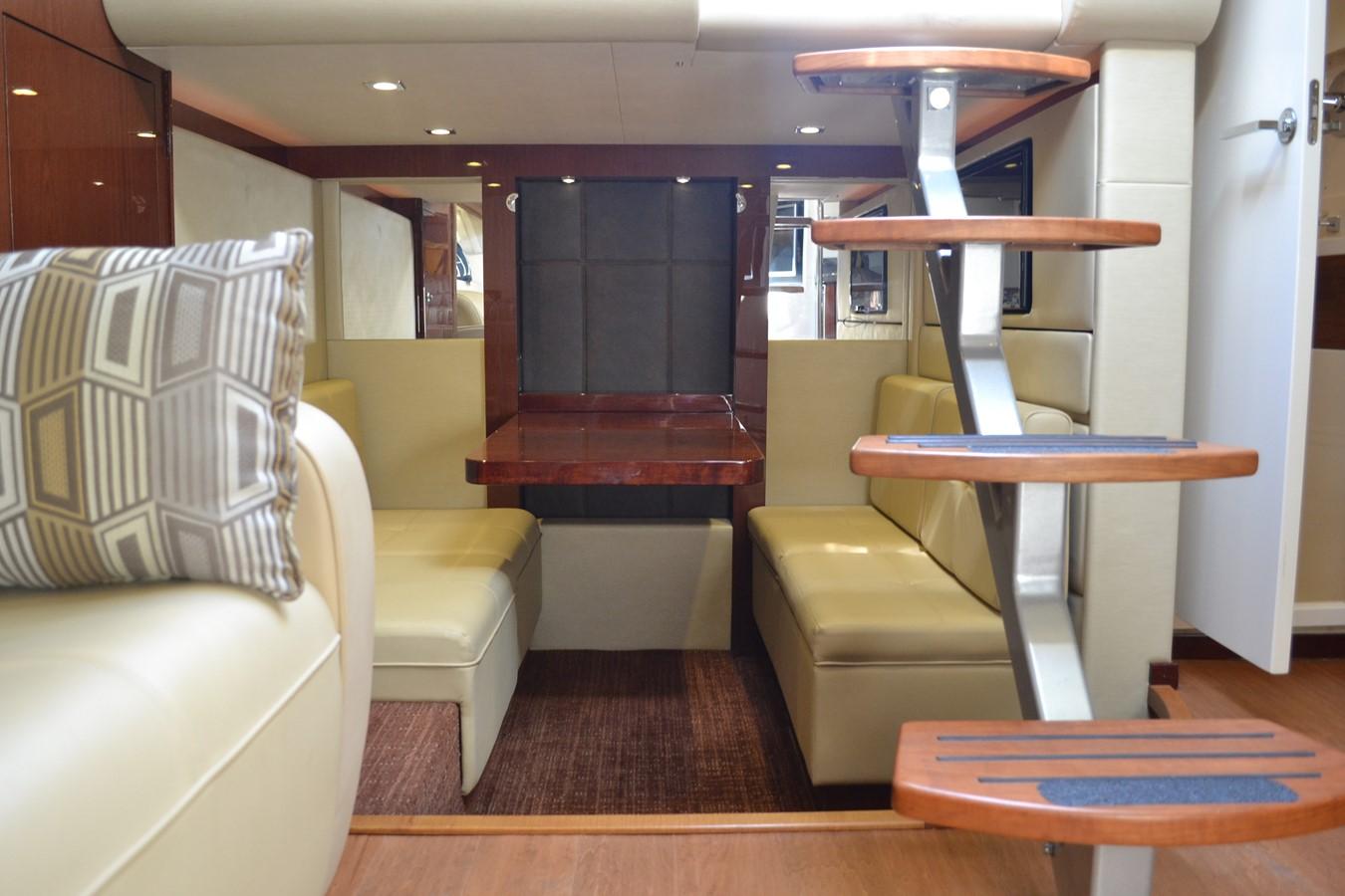 2015 SEA RAY 410 Sundancer Motor Yacht 1685753