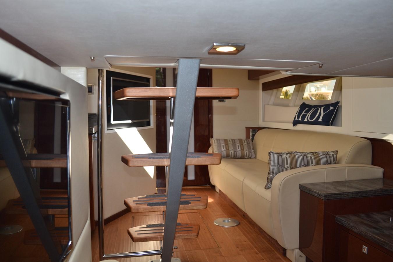2015 SEA RAY 410 Sundancer Motor Yacht 1685754
