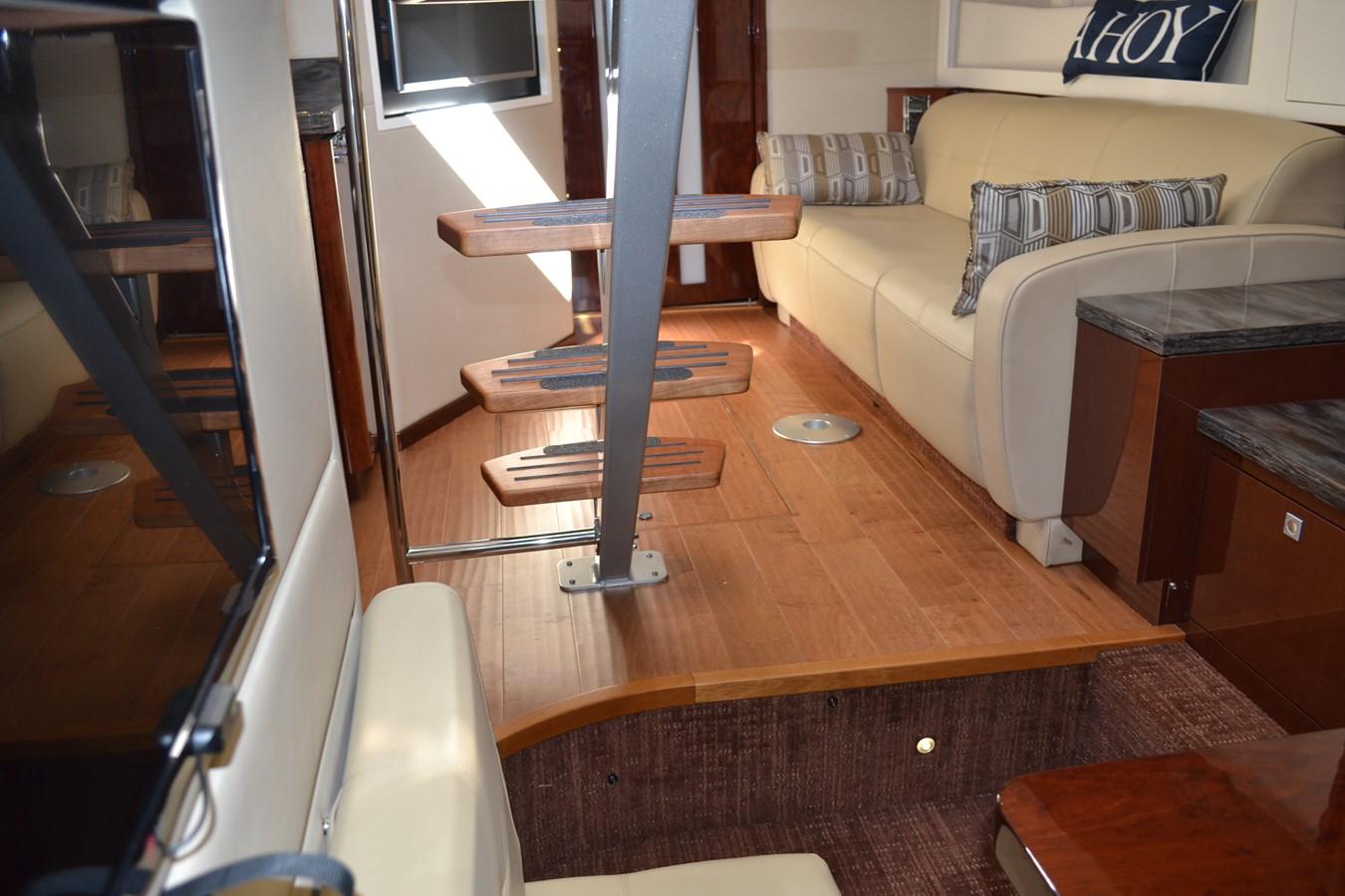 2015 SEA RAY 410 Sundancer Motor Yacht 1685755