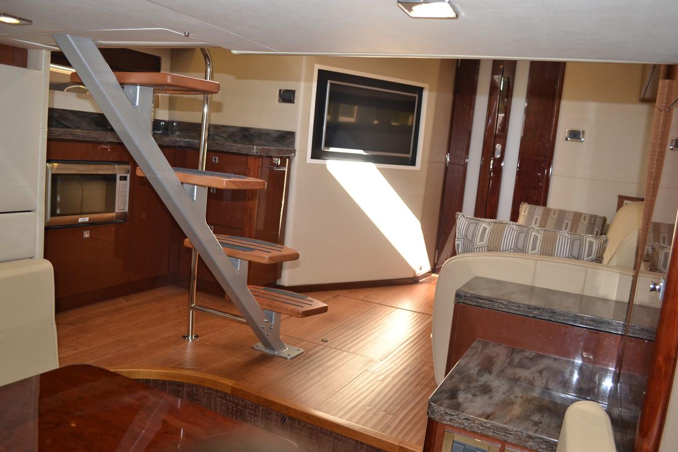 2015 SEA RAY 410 Sundancer Motor Yacht 1685758