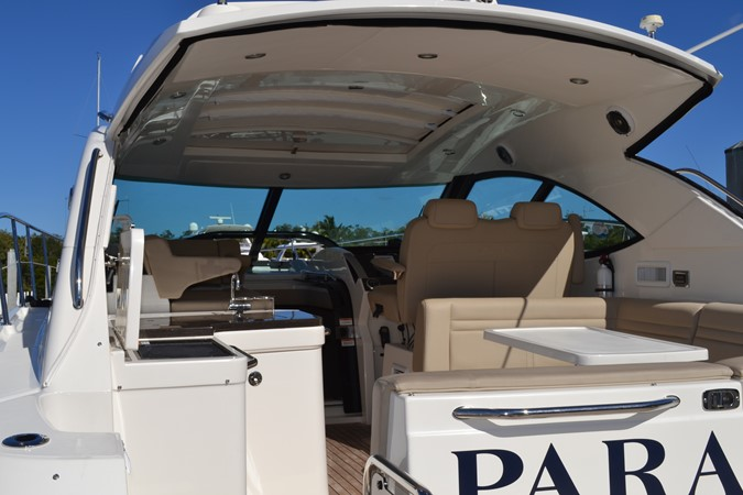 Aft Looking Forward through Cockpit & Hardtop 2015 SEA RAY 410 Sundancer Motor Yacht 1685726