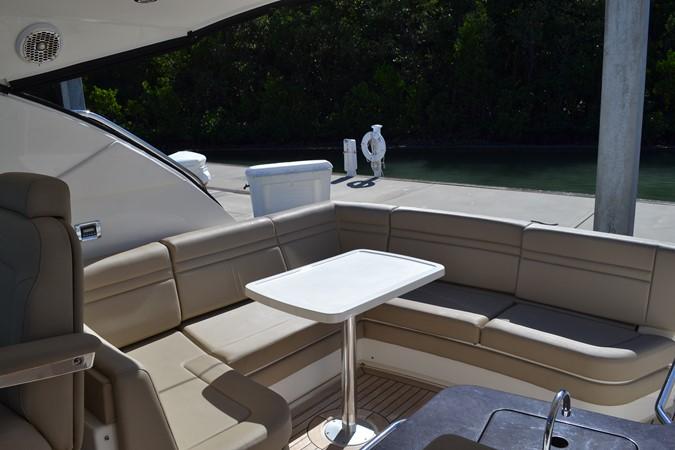 Cockpit Setteee looking aft 2015 SEA RAY 410 Sundancer Motor Yacht 1685740