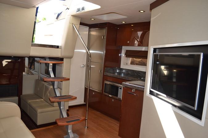 2015 SEA RAY 410 Sundancer Motor Yacht 1685745