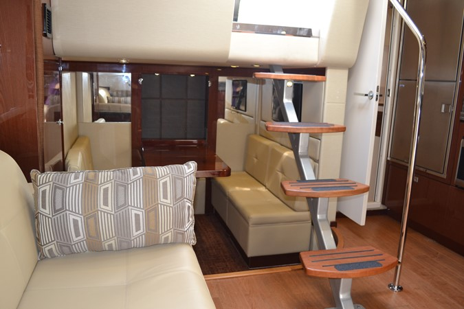 2015 SEA RAY 410 Sundancer Motor Yacht 1685752
