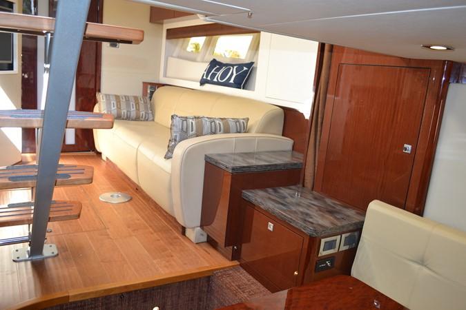 2015 SEA RAY 410 Sundancer Motor Yacht 1685756