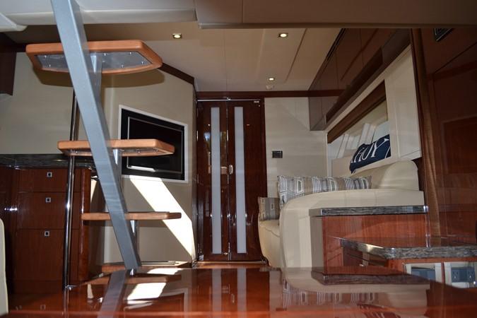 2015 SEA RAY 410 Sundancer Motor Yacht 1685757