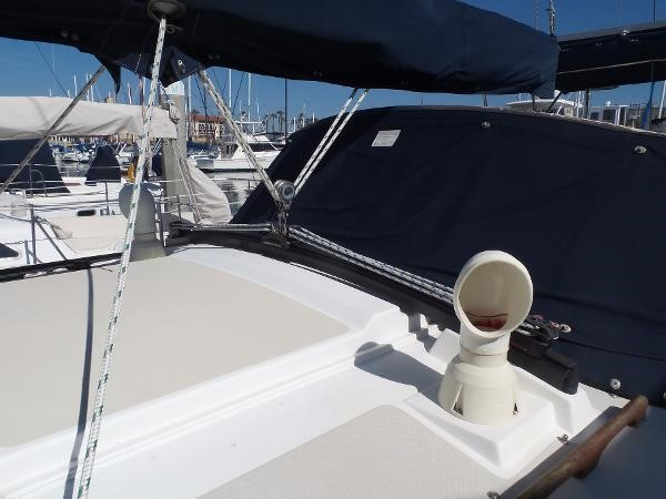 Upgraded Harken traveler 1983 CATALINA 36 Cruising Sailboat 1759790