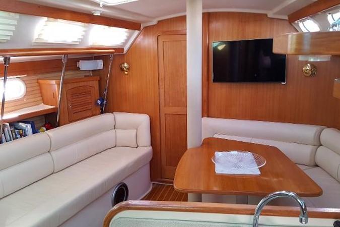 Salon 2005 CATALINA Model 400 Cruising Sailboat 1747560