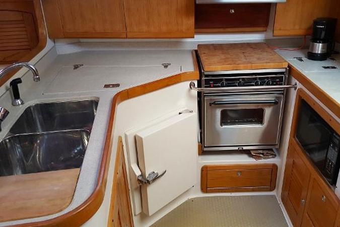 Galley 2005 CATALINA Model 400 Cruising Sailboat 1747562