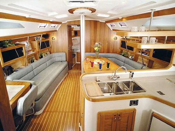 Manufacturer Provided Image 2005 CATALINA Model 400 Cruising Sailboat 1747577
