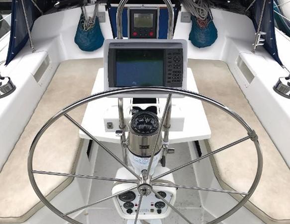 Helm w/ electronics 1997 CATALINA 42 MkII Cruising Sailboat 1748764
