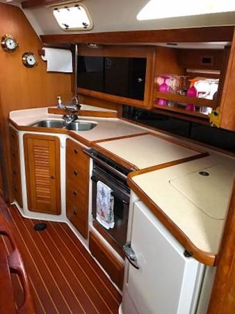 Galley 1997 CATALINA 42 MkII Cruising Sailboat 1748772