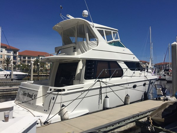 2005 CARVER 45 Voyager Motor Yacht 1759178