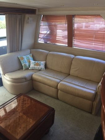 2005 CARVER 45 Voyager Motor Yacht 1759200