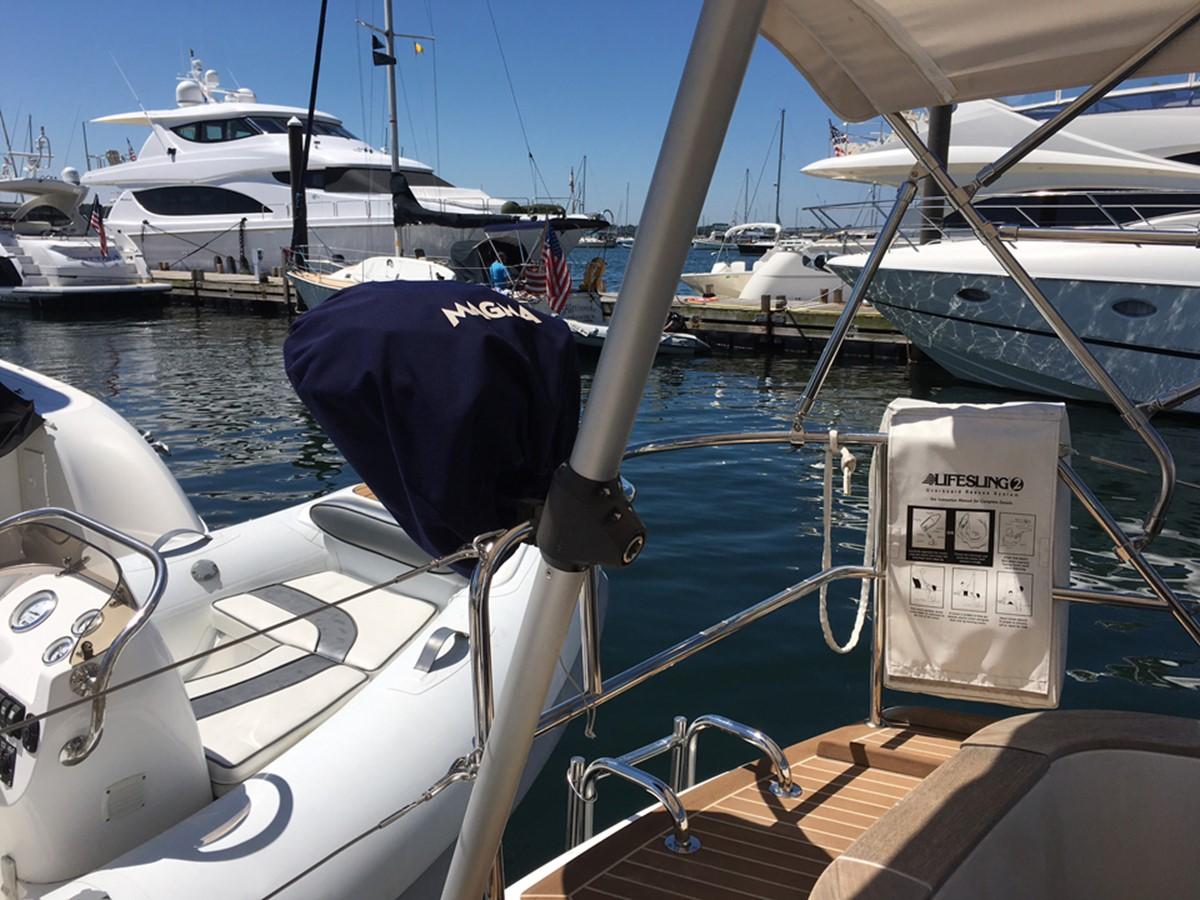 2014 MOODY Moody 45 Classic Cruising Sailboat 2394559