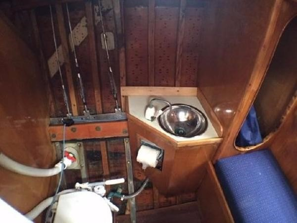 Head and Vanity 1937 Potter Design 8 Meter Classic Yacht 1756755
