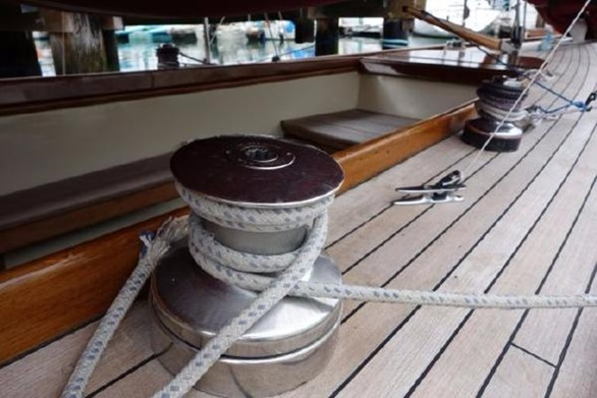 Clean Deck layout 1937 Potter Design 8 Meter Classic Yacht 1756771