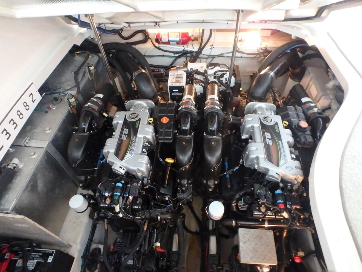 2011 SEA RAY 350 Sundancer Cruiser 1792885