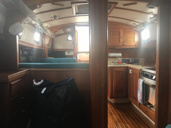 1995 GOZZARD  Cruising Sailboat 1783808