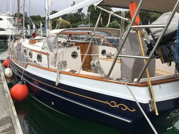 1995 GOZZARD  Cruising Sailboat 1783810