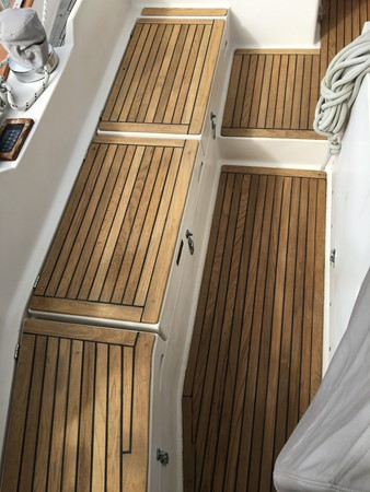 1995 GOZZARD  Cruising Sailboat 1783817