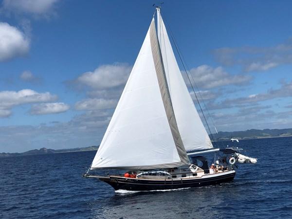IMG_E1248 1995 GOZZARD  Cruising Sailboat 2750509