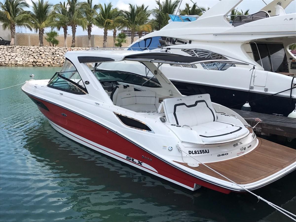 2015 SEA RAY 350 SLX Runabout 1785430