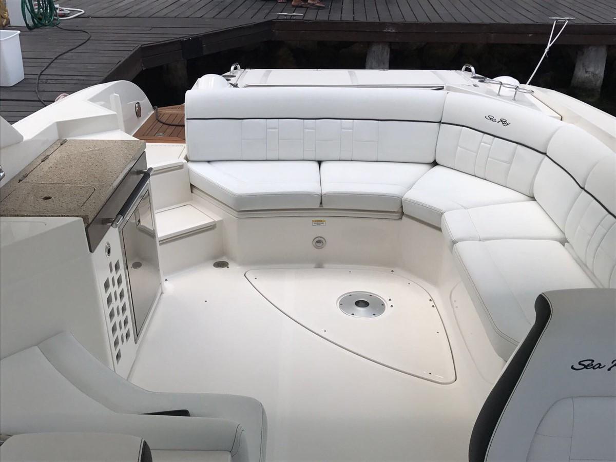 2015 SEA RAY 350 SLX Runabout 1785438