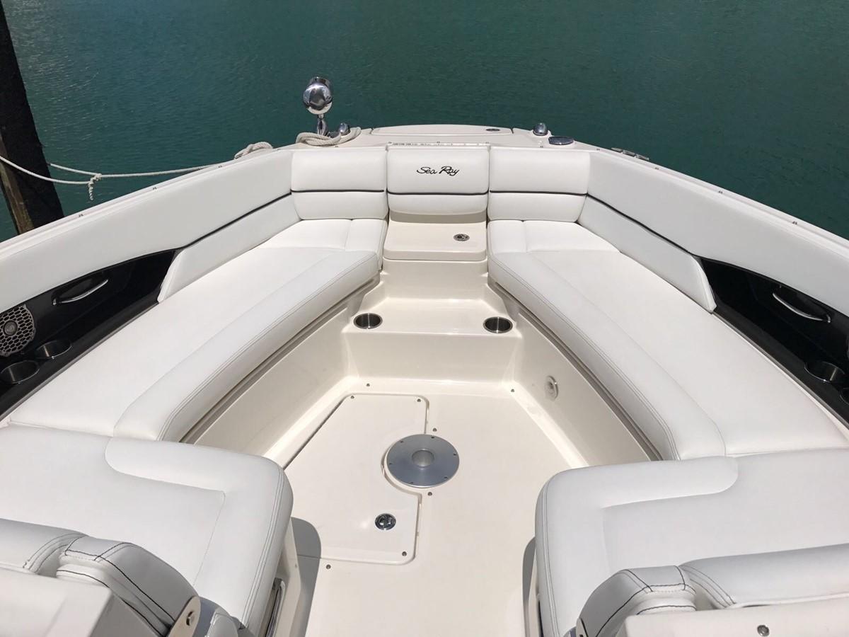 2015 SEA RAY 350 SLX Runabout 1785450