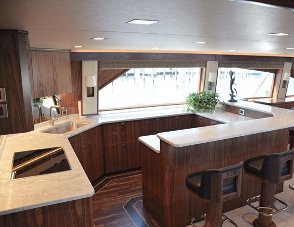 Viking 92 Skybridge - Galley 2016 VIKING 92 Skybridge Sport Fisherman 1805289