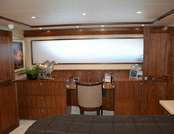 Viking 92 Skybridge - Master Stateroom 2016 VIKING 92 Skybridge Sport Fisherman 1805296