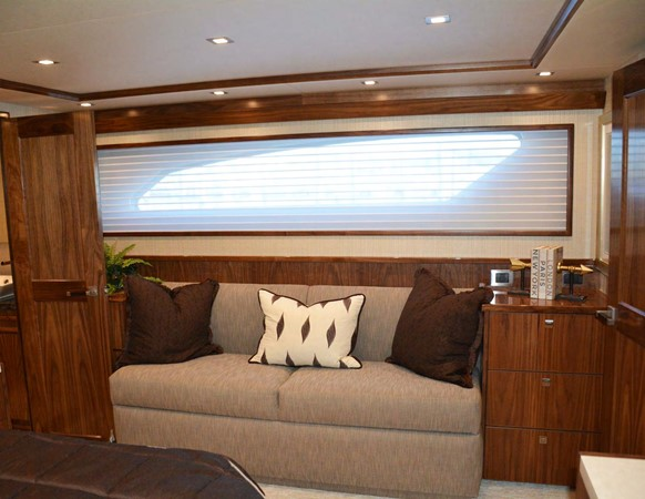 Viking 92 Skybridge - Master Stateroom 2016 VIKING 92 Skybridge Sport Fisherman 1805301
