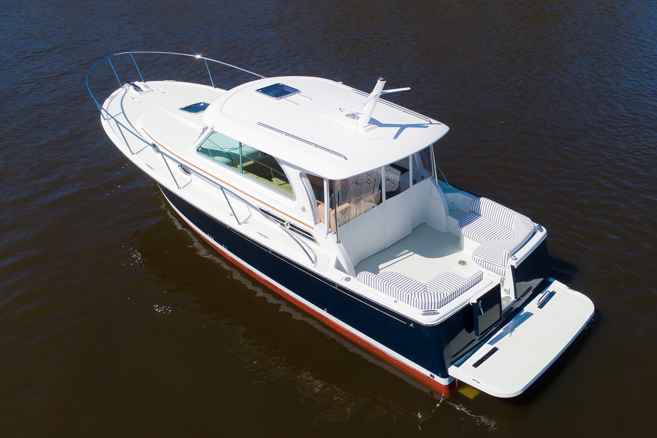 32 Back Cove In Stock - 32 BACK COVE For Sale