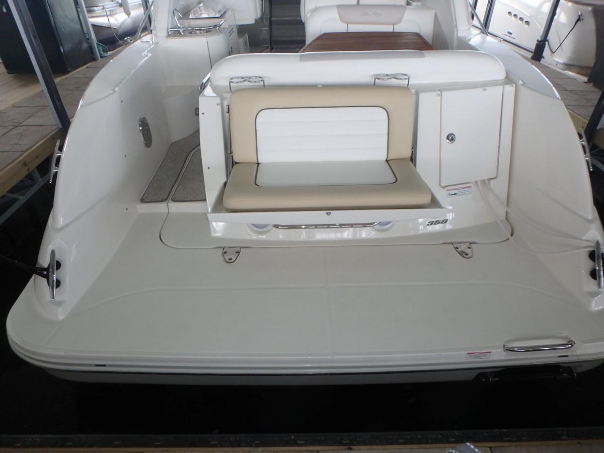 2011 SEA RAY 350 Sundancer Cruiser 1820021